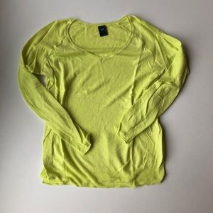 NWOT Gap thin yellow v-neck sweater